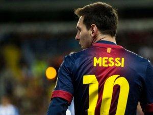 Yılın futbolcusu Messi oldu
