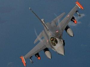 Türk jetleri ilk kez koalisyon uçaklarıyla birlikte IŞİD hedeflerini vurdu