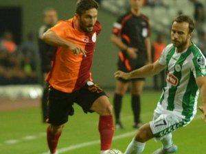 10 kişi kalan Galatasaray ligde ilk galibiyetini aldı