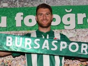 Bursaspor yeni transferi ile yollarını ayırdı