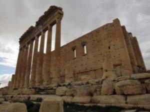 IŞİD, tarihi yok etmeye devam ediyor