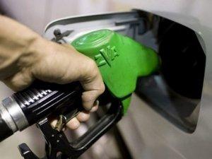 Benzin ve motorine yine zam