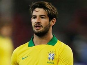 Pato transferi zamana takıldı