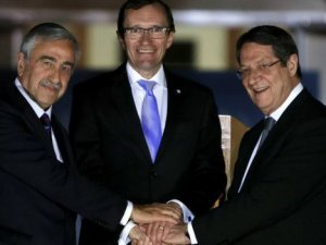 Kasulidis: Kıbrıs'ta müzakereler çok hızlı