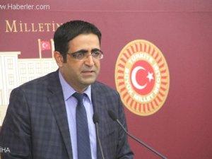 HDP'li bakanlardan Ak Saray kararı