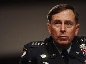 Eski CIA şefi, 'IŞİD'e karşı Nusra' tezine 'açıklık' getirdi