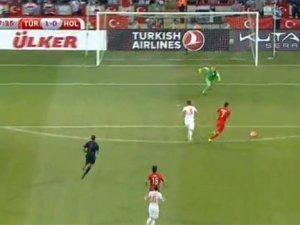 Hollanda en çok Oğuzhan'ın golüne üzüldü