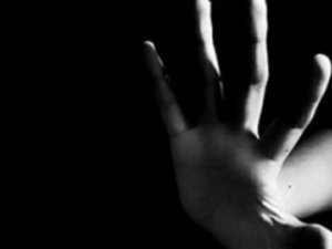 AIDS'li Hintli'den korkunç suç