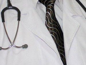 Doğu'daki görev yapacak hekimlere ne kadar kadro ayrıldı?