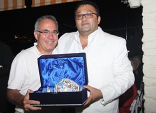 Altın Çıpa için ülkemize gelen dünya denizcileri onuruna Suada'da yemek verildi