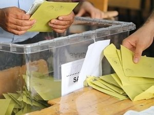 Partilerin adaylık başvuru süreleri sona erdi
