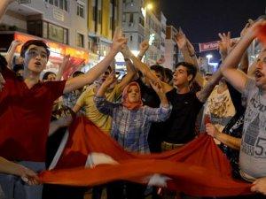 İstanbul'da 93 gözaltı