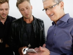 Apple yeni modelleri tanıttı