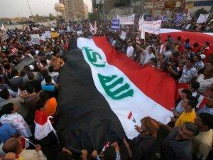 Irak Başbakanı 123 üst düzey yetkiliyi görevden aldı