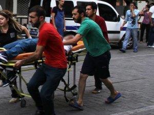 Diyarbakır'da çorbacı tarandı: 1 sivil öldü, 3 polis yaralandı