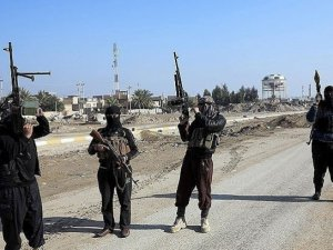 El Kaide IŞİD'e savaş açtı