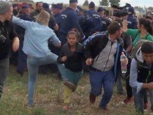 Mültecilere tekme atan kameramana göre yaptığı 'öz savunma'
