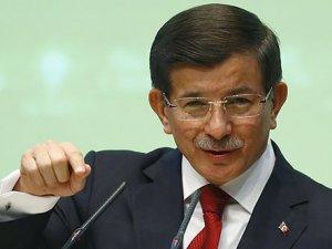 Başbakan Davutoğlu, parti kongresinde konuştu