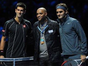 Djokovic ile Federer finalde karşılaşacak
