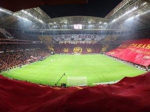 Türk Telekom Arena'yı su bastı