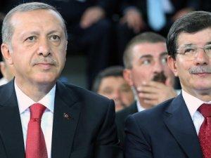 Davutoğlu kongreyi Erdoğan yurtdışındayken toplamak istemiş!