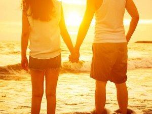 Gençler için 'romantizm seksten daha önemli'