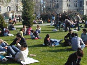 İşte üniversite öğrencilerine burs veren kurumlar