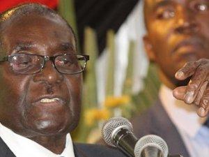 'Zimbabve Devlet Başkanı bunadı' iddiası