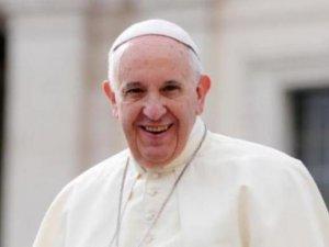 Papa: Baştan çıkarıcı kadınlar hakkındaki klişeler yıkılmalı