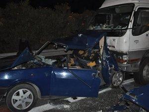 Düğün dönüşü kaza: 3 ölü, 4 yaralı