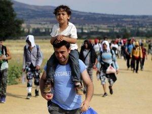 AB yarın, mülteciler için Türkiye'ye 1 milyar Euro'luk yardımı görüşecek