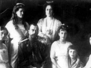 Rus Çarı II. Nikolay ve Çariçe'nin mezarları açıldı