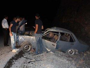 Çelikhan'da otomobil devrildi: 4 yaralı