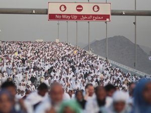 Hac'da izdiham faciası: En az 753 ölü