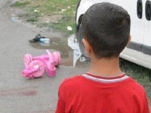 Çöp kamyonu 4 yaşındaki çocuğu ezdi