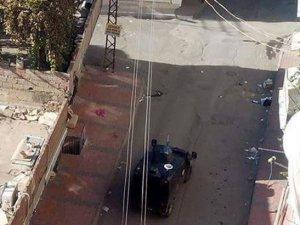 Diyarbakır Silvan'da polise saldırı