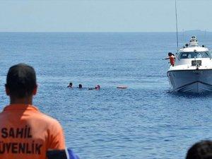 Bodrum'da sığınmacıları taşıyan bot battı: 17 ölü