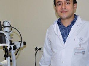 Trabzon'da dikişsiz göz ameliyatı yapıldı