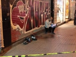 İstiklal Caddesi'nde tek kurşunla intihar