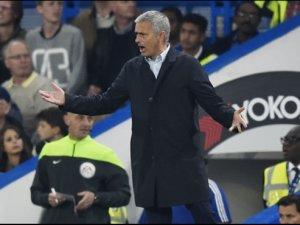 Mourinho kötü gidişi durduramıyor