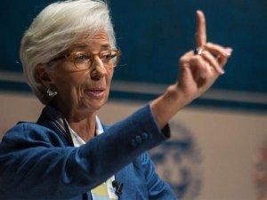 """Lagarde: """"Eğer tavuklar gibi kaçarsak..."""""""