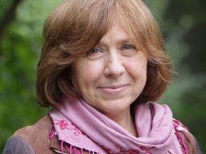 Nobel Edebiyat Ödülü Svetlana Aleksiyeviç'in oldu