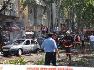 Ankara Tren Garı kavşağında patlama: 86 kişi öldü