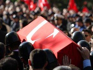 Diyarbakır'da hain saldırı: 1 polis şehit