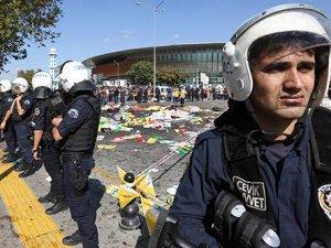 Bakanlara olay yerinde protesto