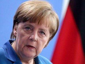 Merkel, pazar günü Türkiye'ye geliyor