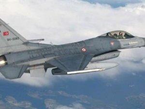 Türk jetlerine füze tacizi