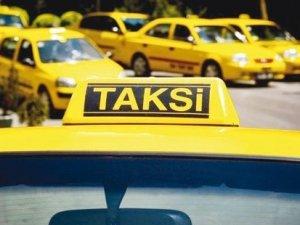 Cumhurbaşkanı Genel Sekreteri'ne yol vermeyen taksiciye cezayı kestiler