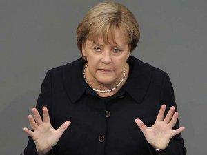 Financial Times: Merkel Saray'a gitmek istemiyor