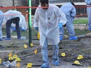 Başbakan Davutoğlu açıkladı: Canlı bombalardan birinin kimliği kesinleşti